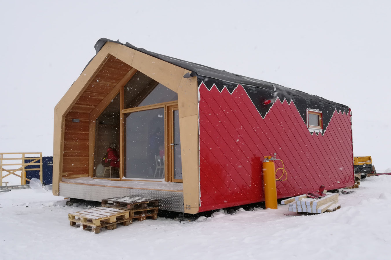 Greenland home building roof